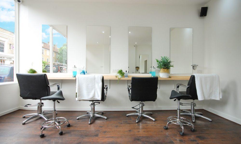 Salon Four Chairs